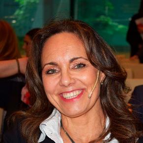 Ana López-Casero